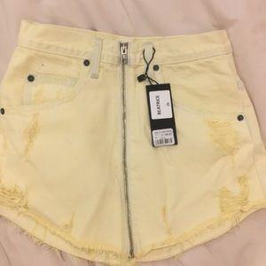 NWT LF yellow skirt